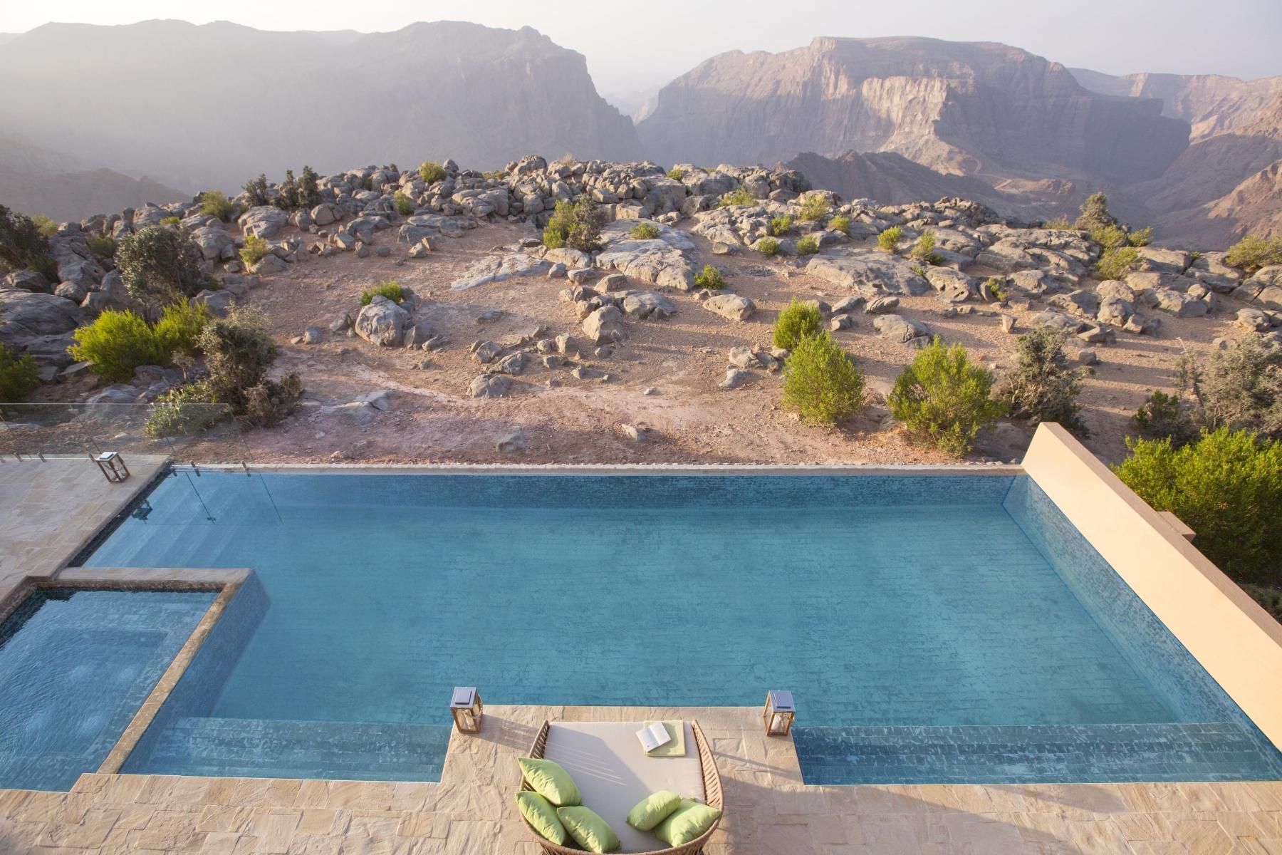 Anantara-Al-Jabal-Al-Akhdar-Resort-Royal-Mountain-Villa-Pool-02-min