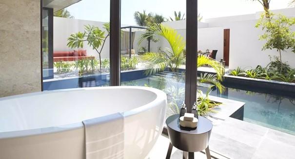 private-pool-villa-bathroom