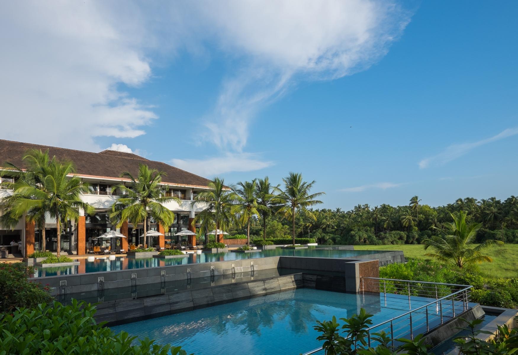 Alila-Diwa-Goa-Exterior-Infinity-Pool16
