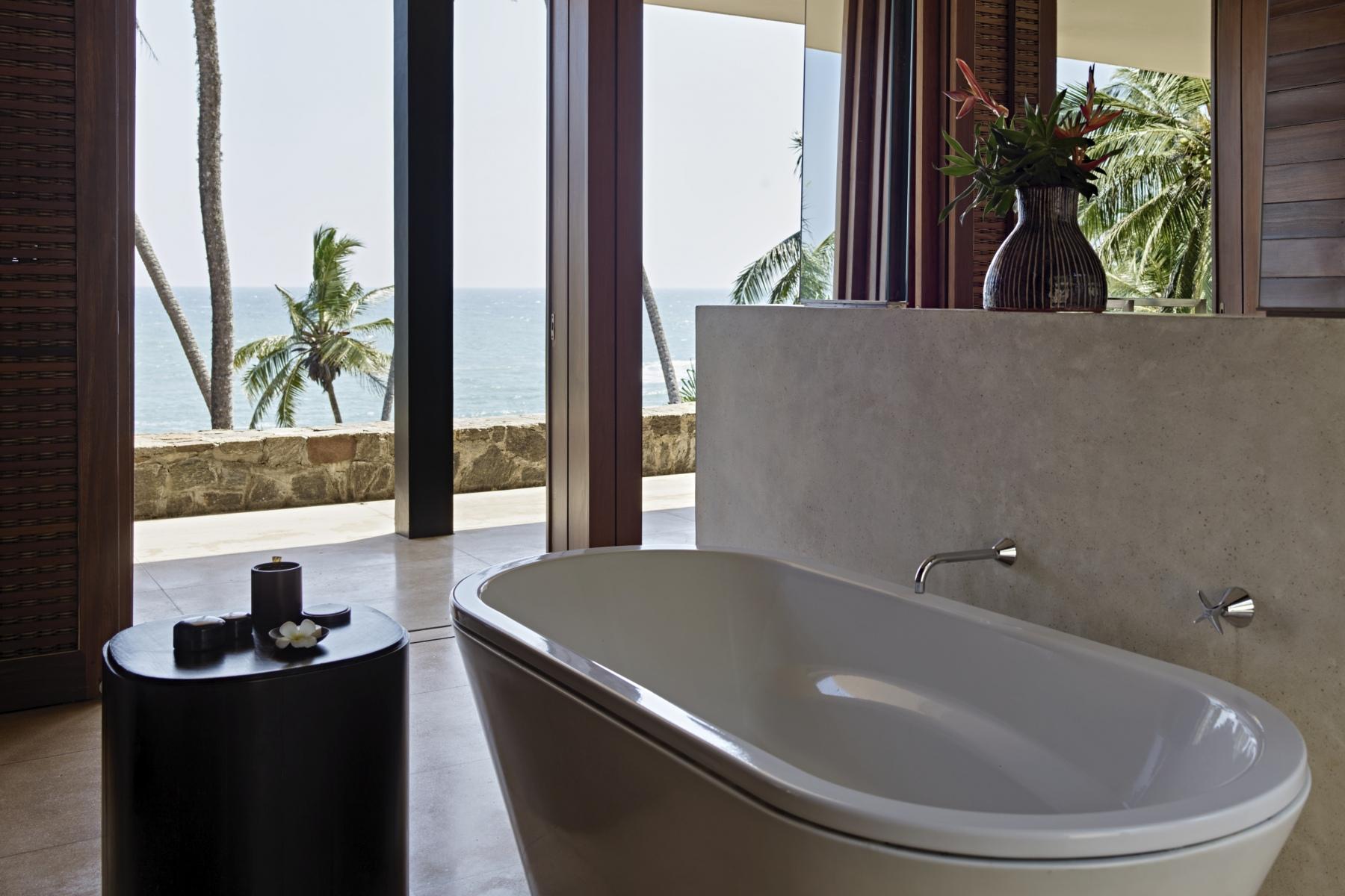 Amanwella, Sri Lanka - suite, bathtub, ocean view.tif