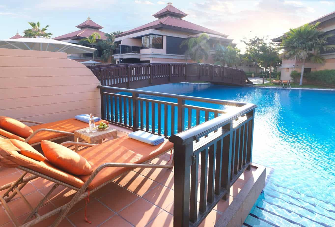Anantara-Dubai-Deluxe-Lagoon-Access-Room-Terrace