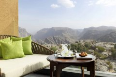 Anantara-Al-Jabal-Al-Akhdar-Resort-Deluxe-Canyon-View-Room-Balcony-min