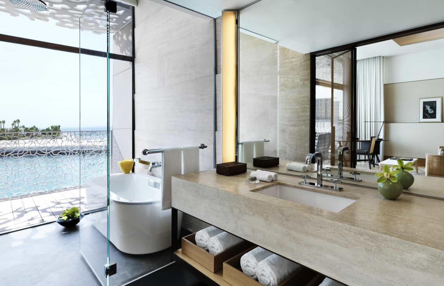 Bulgari-Deluxe-Ocean-View-1-Bathroom
