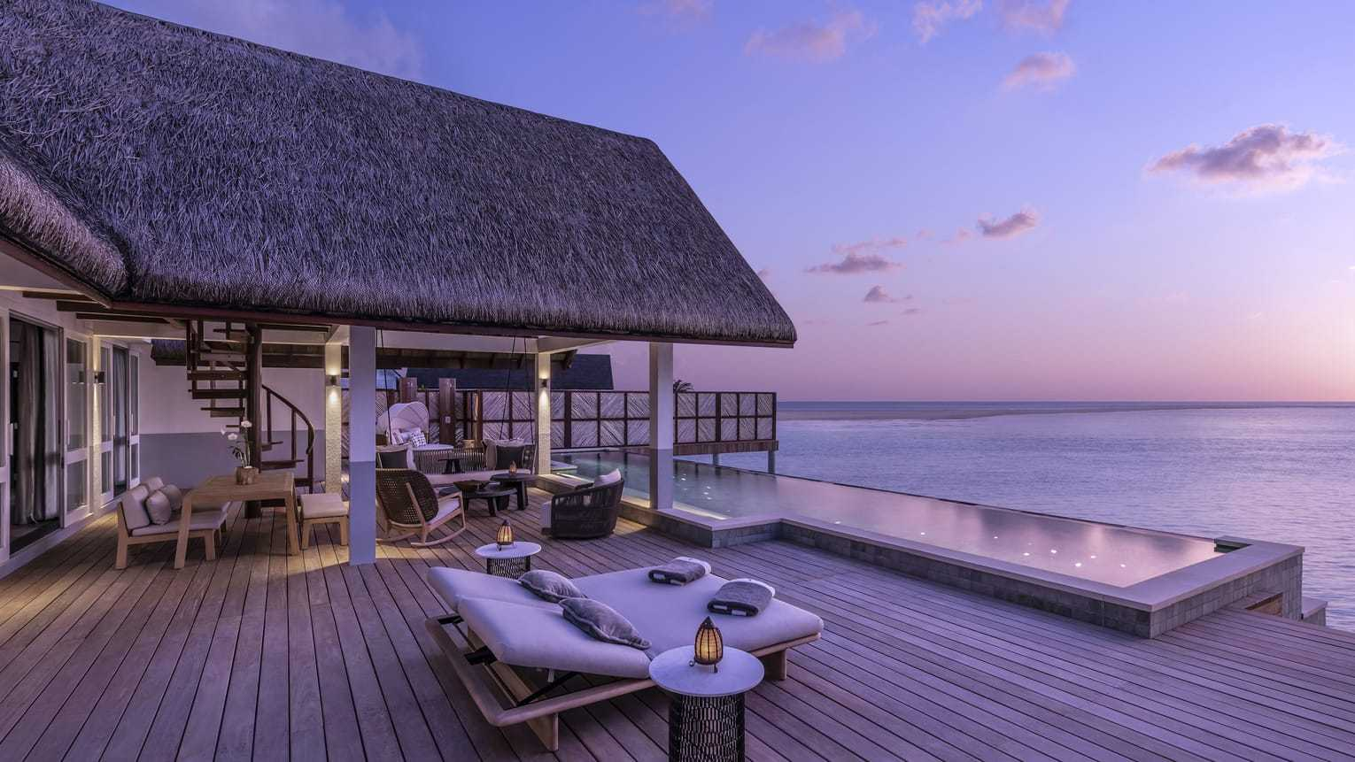 sunset-two-bedroom-water-suite