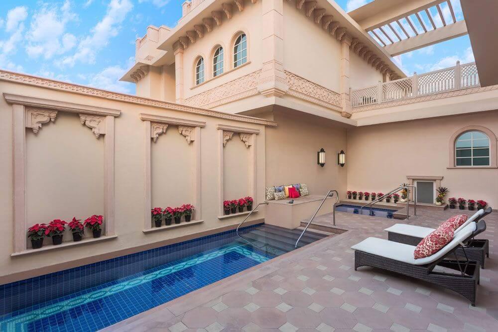 21-Pool_Maratha-Presidential-Villa