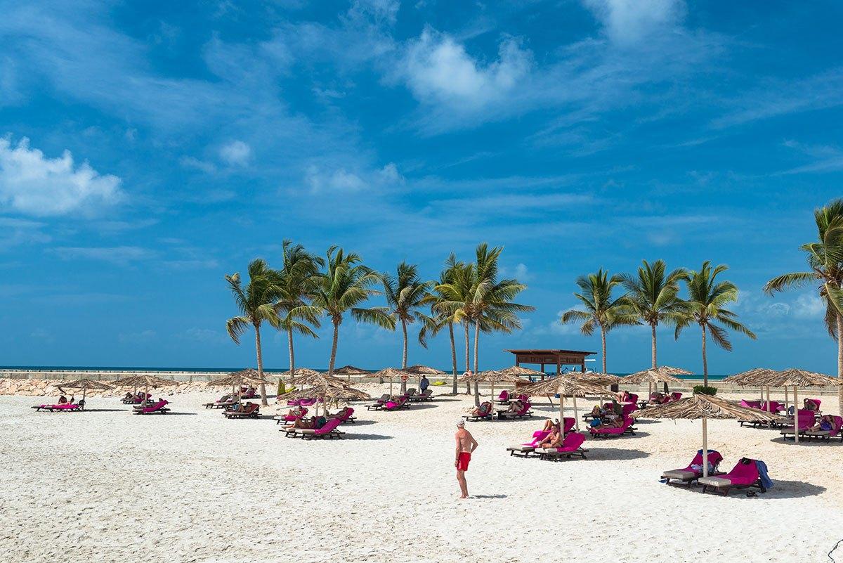 Juweira-Hotel-Beach