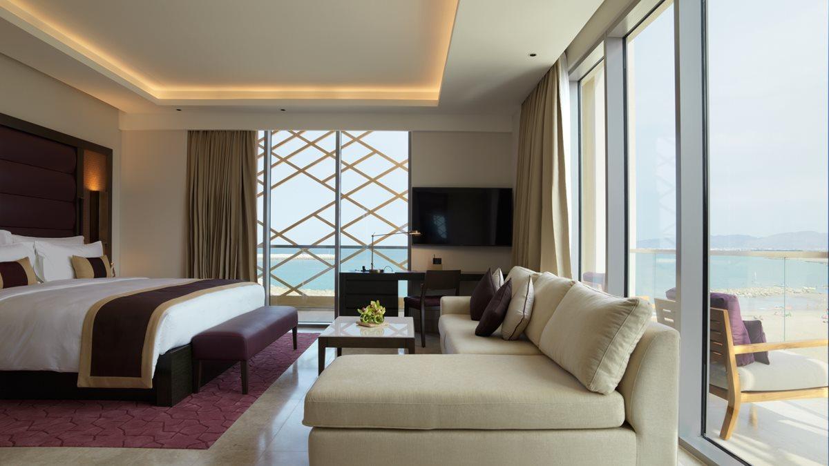 kempinski-hotel-muscat_grand-deluxe-sea-view-room