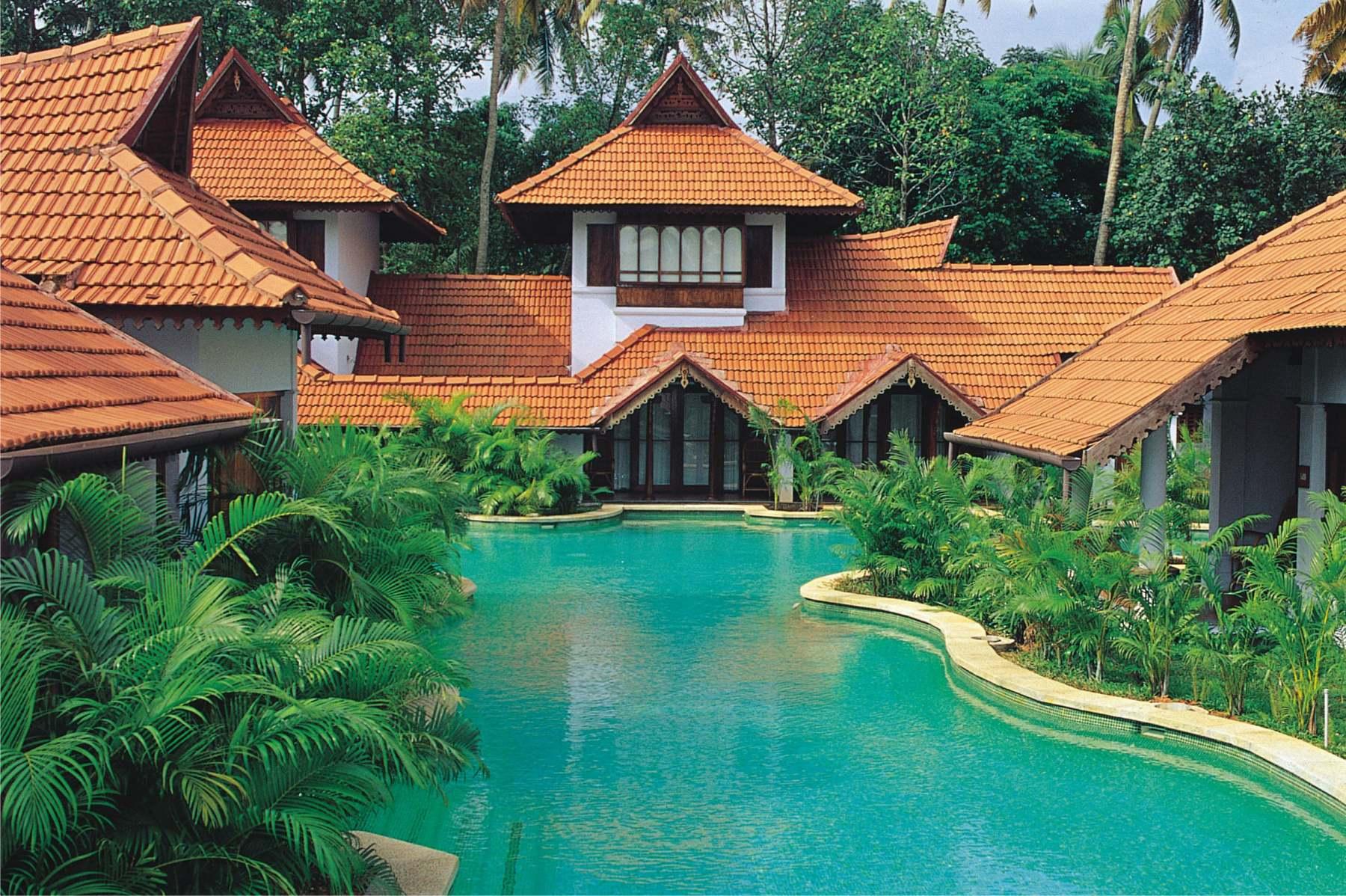 Meandering-Pool-Duplex-Villa-min
