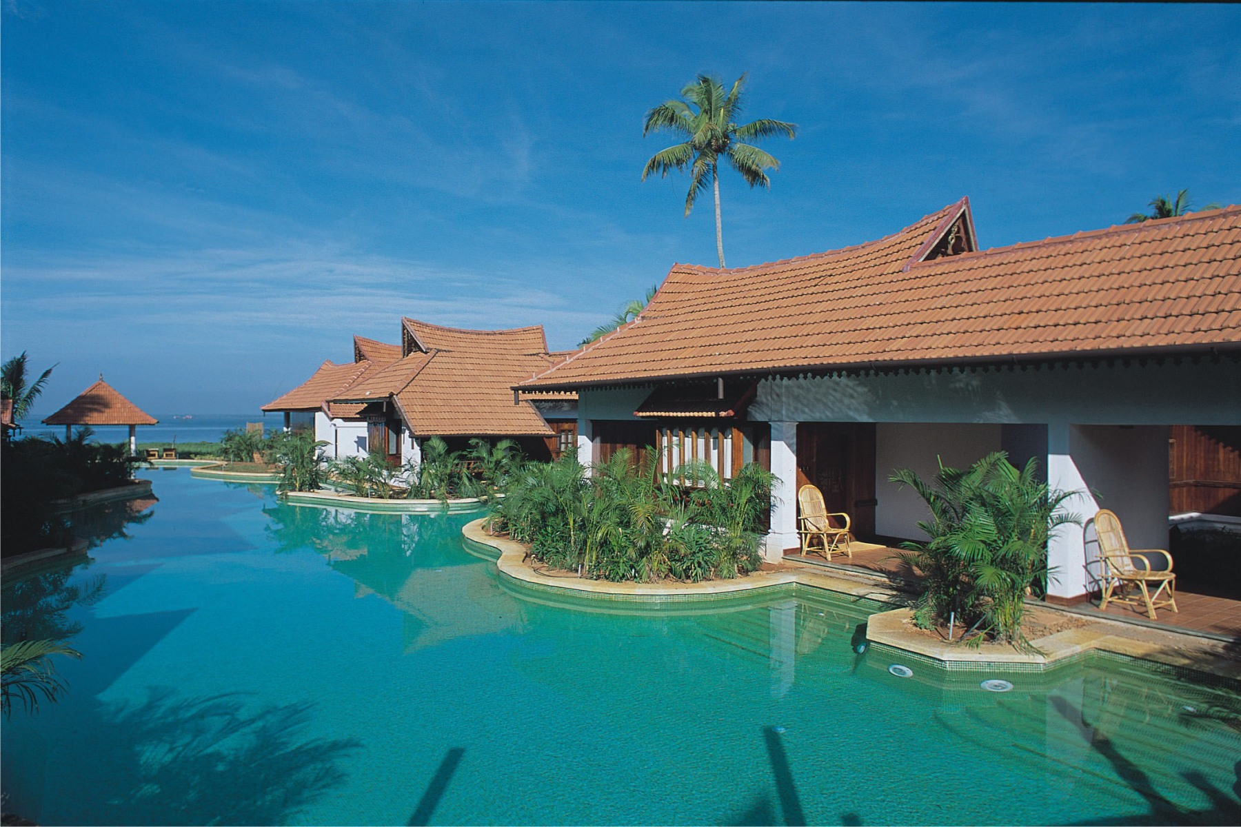 Meandering-Pool-Villas-min