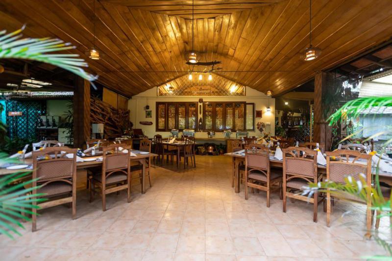Tranquil-resort-restaurant