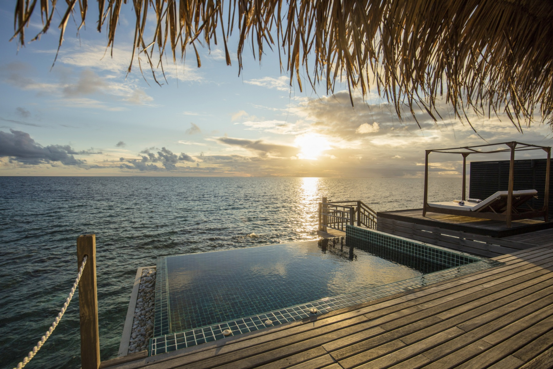 sunset-overwater-villa-with-private-pool-view