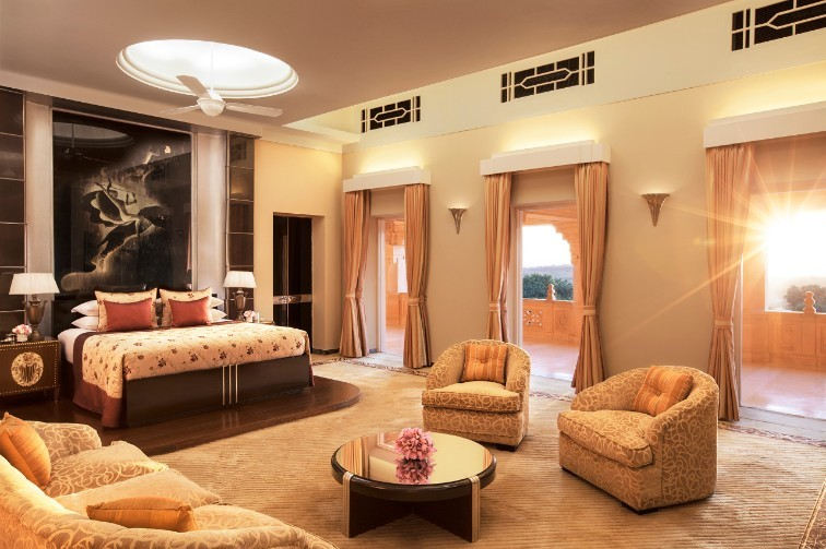 Umaid-Bhawan-Palace-suite-room