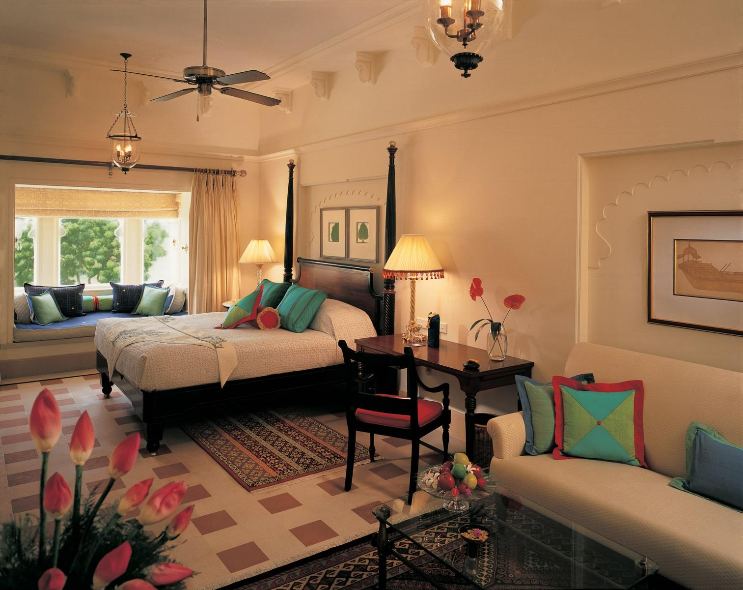 009-The-Oberoi-Udaivilas-Premier-Room-with-Garden-View-min